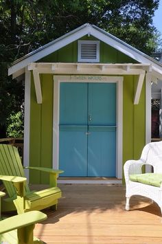 shed for the lake in fun colours