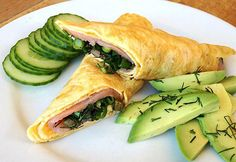 MUST HAVE! Smoked salmon omelette for breakfast or supper. 2 eggs whisked together with 1 tbsp of Pecorino cheese and fried as thin crepes in two batches. Carefully remove the egg crepe to a plate and fill the middle with smoked salmon, green onion, dill and capers. Roll up. Squeeze some lemon juice. Add avocado and cucumber on the side.