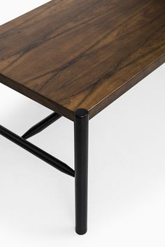 Arne Norell coffee table in rosewood at Studio Schalling Coffe Table, Coffee Table Design, Table Desk, Diy Home Improvement, Industrial Furniture, Scandinavian, Restoration, Furniture Design, Mid Century