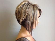 Stacked bob. Graduated bob. Highlighted hair. @Jenna Nelson Nelson Nelson Nelson Nelson Nelson Nelson Raye by Julili