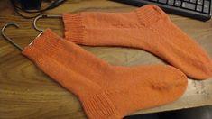 Dainami's Hand Knit Machine Socks! | Dainami Knits Knitting Socks, Hand Knitting, Seamless Socks, Socks And Heels, Pattern Library, Hands, Stitch, Fiber Art, Knits