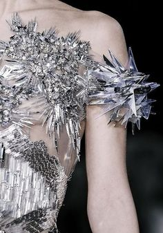 What Would White Walkers Wear?Battle-ready Ice Crystals armorValentin Yudashkin Fall 2013