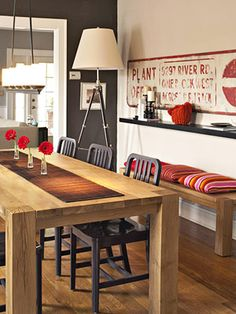 This pop of red looks fantastic in the kitchen - it's bold and modern, but classy.