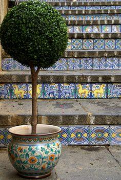 Sicilia Caltagirone, Scalinata di Santa Maria del Monte (Staircase of Santa Maria del Monte)   #TuscanyAgriturismoGiratola