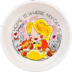 Serve now the food for your sweet cat entirely in Blond style with this cheerful feeding bowl for cats.