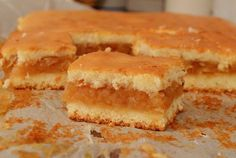 Prajitura turnata cu mere   Rețete Papa Bun Romanian Desserts, Romanian Food, Homemade Sweets, No Cook Desserts, Desert Recipes, Cakes And More, No Bake Cake, Food To Make, Cake Recipes