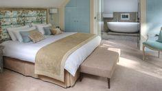 Grey and tan bedroom bedroom color schemes tan bedroom color schemes Bedroom Colour Palette, Bedroom Color Schemes, Bedroom Colors, Bedroom Ideas, Tan Bedroom, Dream Bedroom, Luxury Homes Interior, Home Interior Design, Hotel Breaks