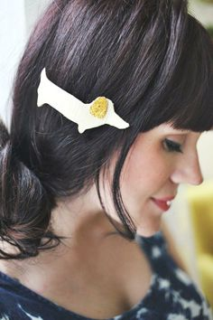 Dachshund leather hair clips? Don't mind if we #DIY!