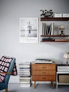 string | Urban home | home | minimalist decor | home decor | decor | room | spaces | Scandinavian | interior design | Schomp MINI