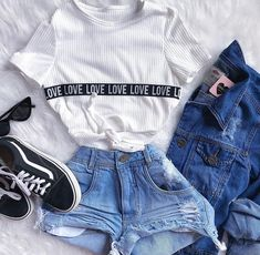 66 Ideas for moda casual jovem feminina Cute Outfits For School, Outfits For Teens, Trendy Outfits, Girl Outfits, Fashion Wear, Teen Fashion, Fashion Outfits, Womens Fashion, Fashion Trends