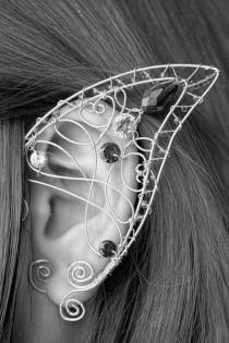 Elven ears (a pair). LOTR Jewelry LOTR elf ears elf earrings no piercing earrings wire ear cuff elf ear wrap Cosplay jewelry Vairë Elf Ears elf ear cuff fairy ears elven ears Elfen-Ohrschmuck elven jewelry USD Elf Kostüm, Elf Ears, Maquillage Halloween, Bijoux Diy, Pastel Goth, Pastel Blue, Wire Jewelry, Jewellery, Cuff Jewelry