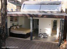 Casa con diseño de cabina de barco en un pequeño lote de Inglaterra. - Modern house original design in Unired Kingdom