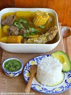Sancocho Antioqueño o Paisa (Paisa Region Soup) Video Rezept Colombian Dishes, My Colombian Recipes, Colombian Cuisine, Mexican Food Recipes, Soup Recipes, Cooking Recipes, Ethnic Recipes, Comida Latina, Gourmet