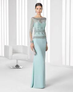 Vestido de gasa y pedreria. Colección 2016 Rosa Clará Cocktail