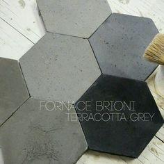 handmade terracotta hexagon Grey BRIONI