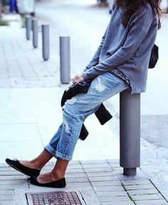 Ballet flats + boyfriend jeans + comfy top #weekendstyle