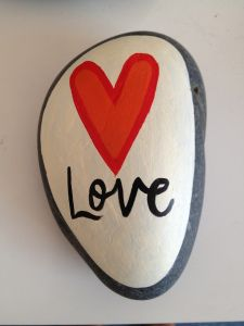 simple idea for a painted pebble