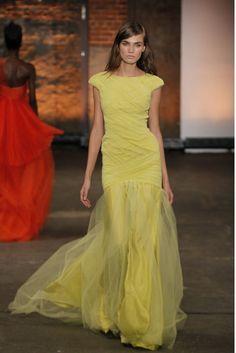 Christian Siriano via glamour http://tinyurl.com/7hv5zuc  #Evening_Gown #Christian_Siriano #glamour #Chartreuse