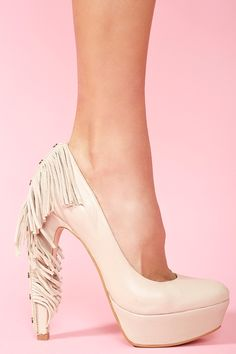 Targee Fringe Pump in Nude
