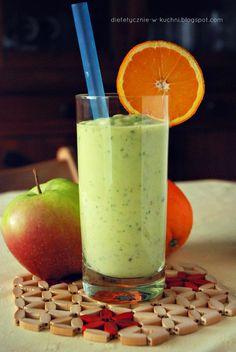 Koktajl z awokado, jabłkiem i pietruszką Healthy Detox, Healthy Smoothies, Healthy Drinks, Smoothie Drinks, Detox Drinks, Smoothie Recipes, Coffee Detox, Raw Food Recipes, Healthy Recipes