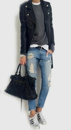 Casual weekend style women styling Best Picture For tomboy fashion boots For Your Taste You are look Tomboy Fashion, Work Fashion, Fashion Looks, Tomboy Style, Sneakers Fashion, Style Fashion, Trendy Style, Trendy Fashion, Sneakers Style