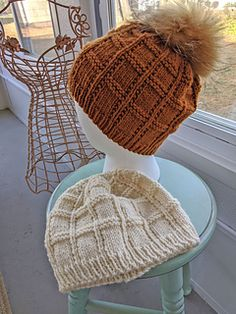 Ravelry: Splendid Squares Hat pattern by Debbie Trainor Weste Sple. Ravelry: Splendid Squares Hat pattern by Debbie Trainor Weste Splendid Squares Hat pa Easy Knitting, Knitting For Beginners, Knitting Socks, Cable Knitting, Knitting Projects, Knitting Patterns, Crochet Patterns, Knitting Ideas, Hat Patterns