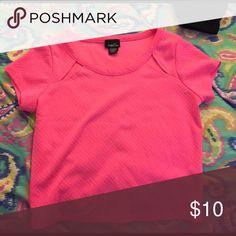 Hot pink Crop top Rue 21 Hot pink Crop top. Size medium. Rue21 Tops Crop Tops