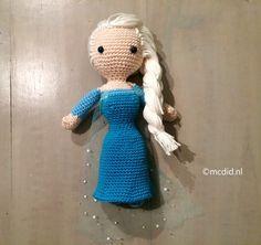 elsa-haken Amigurumi Doll, Amigurumi Patterns, Knit Patterns, Elsa Frozen, Frozen Crochet, Diy Doll, Crochet Dolls, Creative Gifts, Free Pattern