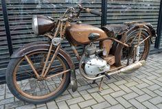 SOLD - 1949 MOTOBECANE D45S 125cc 4 STROKE * FRENCH CLASSIC / VINTAGE