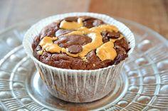 Chokladmuffins med jordnötssmör