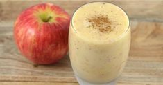 A simple and refreshing smoothie, this apple banana smoothie is a delightful pick-me-up with loads of vitamins, minerals, and fiber. Smoothies Banane, Smoothie Fruit, Smoothie Recipes With Yogurt, Strawberry Smoothie, Healthy Work Snacks, Clean Eating Snacks, Healthy Dinner Recipes, Smoothies For Kids, Healthy Smoothies