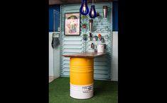 "Pantone Yellow no ""Mais cor, por favor - GNT Episódio 8 ""  #barris #barrildecorativo #tambor #rebecaguerra #industrialdesign #maiscorporfavor #gnt #pantone #pantoneyellow"