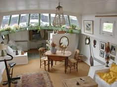 "This made my heart skip.and I never believed that I'd be one to fall in love with ""something"". We learn, even from those not -so-desirable traits that occasionally surface. I still Lust for it though. Small Space Living, Living Area, Small Spaces, Living Spaces, Barge Interior, Boat Interior, Barge Boat, Houseboat Living, Houseboat Ideas"