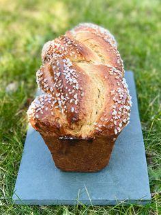 Encore une recette de brioche !!! Vous en avez assez, peut-être ? C'est vrai que c'est pas la première de ce blog (euphémisme), et... Croissants, Pizza, Food Design, Bon Appetit, Easy Desserts, Biscuits, Muffin, Brunch, Food And Drink