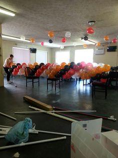 Creando un arco de globos.
