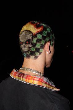 Pin by demello on Hair in 2020 Dye My Hair, Shaved Head Designs, Natural Hair Styles, Short Hair Styles, Buzzed Hair, Shave My Head, Aesthetic Hair, Grunge Hair, Shaved Hair