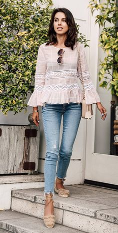 Groovy--trendy lightweight bell sleeve blouse, distressed skinnies, and light colored lace-up espadrilles. Summer's perfect modest outfit
