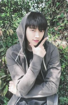 W O O H Y U N B I A S E D Nam Woo Hyun, K Pop Boy Band, Pop Bands, Koi, Hi School Love On, Infinite Members, Perfect Strangers, Myungsoo, Woollim Entertainment