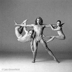 Via Lois Greenfield Photography : Dance Photography : Sydney Dance Co. hillard via Vicki Villarreal Dance Images, Dance Photos, Figure Photography, Dance Photography, Ballet Poses, Ballet Dance, Lois Greenfield, Mark Morris, Dance Careers