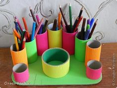 Toilet Paper Crafts, Paper Roll Crafts, Newspaper Crafts, Crafts To Sell, Home Crafts, Diy And Crafts, Diy Pencil Case, Desk Organization Diy, Karten Diy