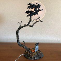 Department 56  Halloween Gothic Street Lamp Set of 2 Buzzards W// Original Box