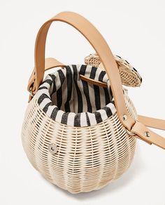 Image 7 of RAFFIA BUCKET BAG from Zara