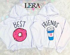 BFF 💕👭Busos 50.000 c/u Etiqueta a tu amiga con quien lo usarías 💕🤭 Twin Outfits, Cute Outfits For Kids, Teenager Outfits, Teen Fashion Outfits, Matching Outfits, Outfits For Teens, Friends Sweatshirt, Bff Shirts, Cute Shirts