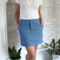 I had my fabric selected for my Moss Skirt by Grainline Studios months ago…hoping to be able to wear it all summer long. But as you know, life just happens and selfish sewing gets put on the…