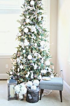 Don't you just love a white Christmas Tree?  I think they are just so elegant. www.yourstrulyjenn.com