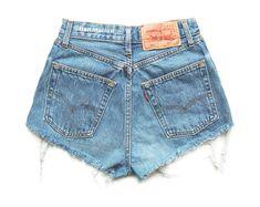 e2ab4a5eafab ALL SIZES Levi 501 Vintage high-waisted denim shorts