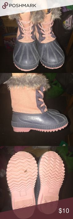 Old Navy Duck Boots Size 7 toddler girl duck boots lightly worn Shoes Rain & Snow Boots