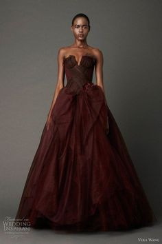 Beautiful Incredible Vera Wang Deep Red Wedding Dress #Oxblood