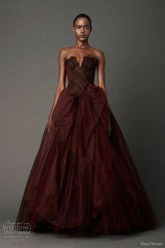 Beautiful Incredible Vera Wang Deep Red Wedding Dress #Oxblood