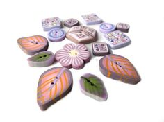 Flower leaf handmade BUTTONS  set of 15  polymer clay  by Chifonie, €11.00